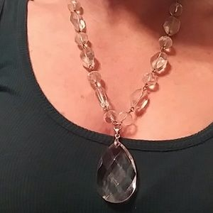 Glass~Crystal~Vintage necklace